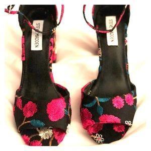 a9d470cbaff Steve Madden Shoes - Steve Madden Mirna Heels - Never Worn! Size 7